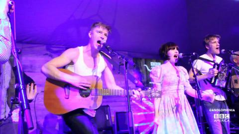 Skinny Lister Perform '40 Pound Wedding' (EXCLUSIVE - Live from BBC America Roadhouse at South By Southwest)