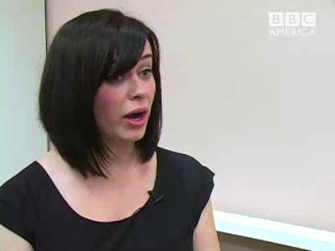Comic Con - Eve Myles Interview Pt. 2