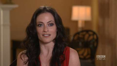 Lara Pulver on 1940s Clothing