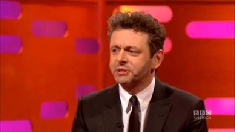 Michael Sheen Beatboxes